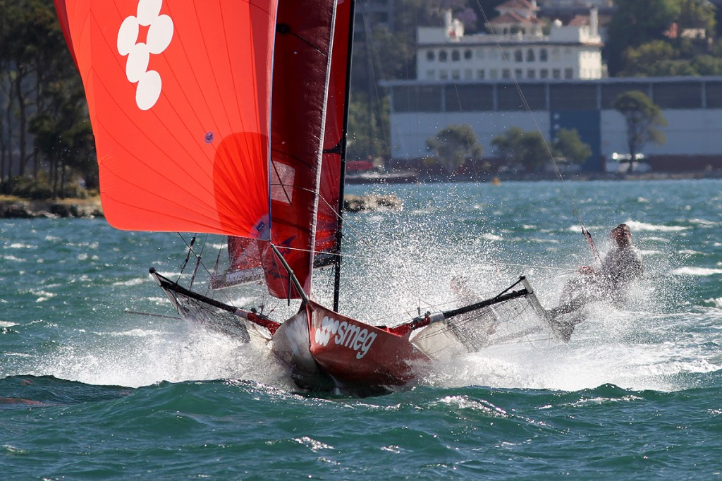 smeg team shows how it's done in heavy winds