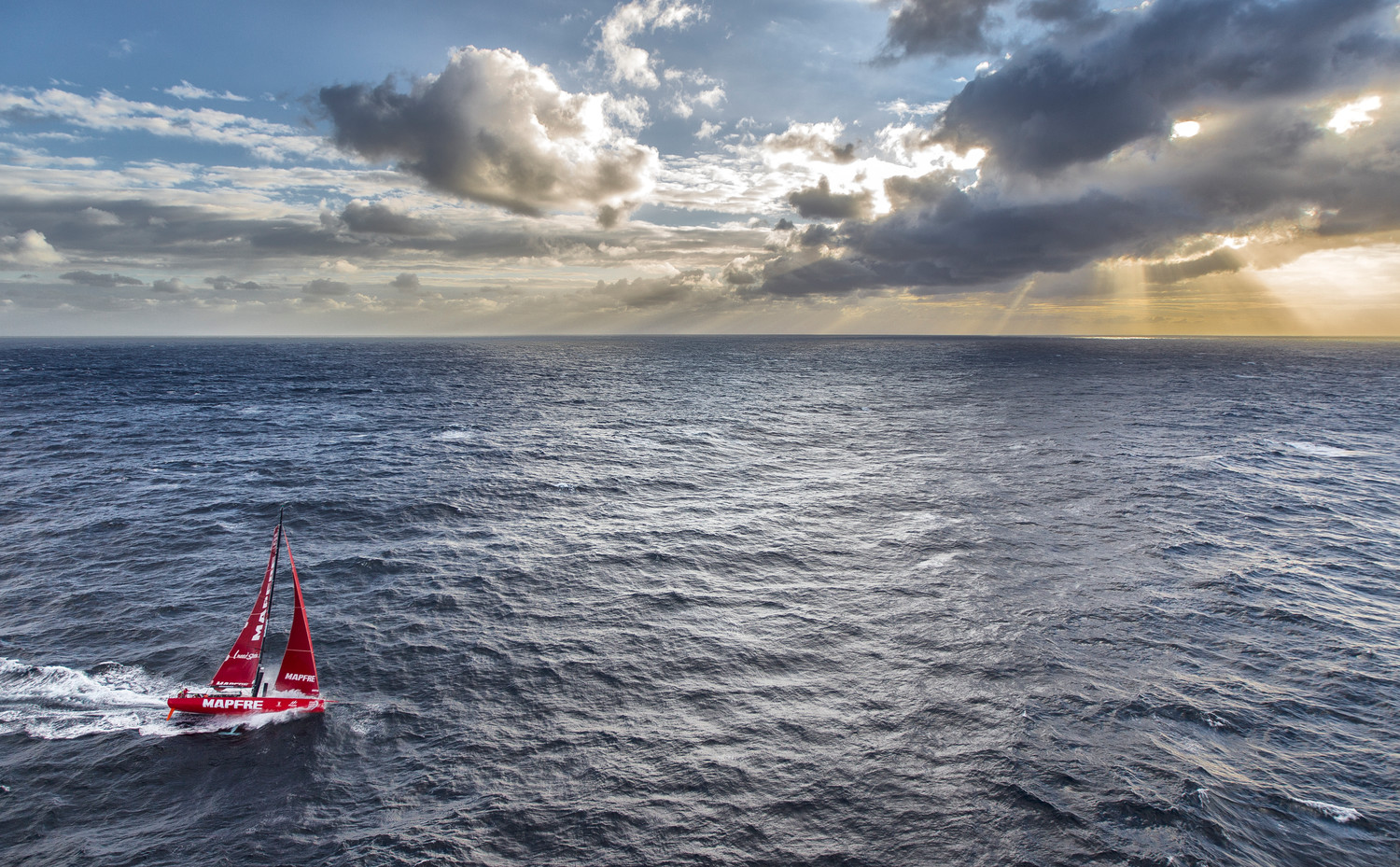 March 19, 2015. The boats tackle steep and angry seas as they pass East Cape, the eastern-most point of New Zealand. Ainhoa Sanchez / Volvo Ocean Race