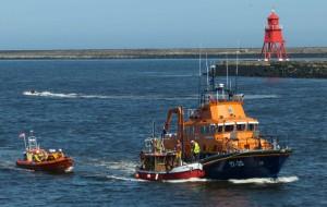 Tynemouth RNLI escorts stricken Faith into port