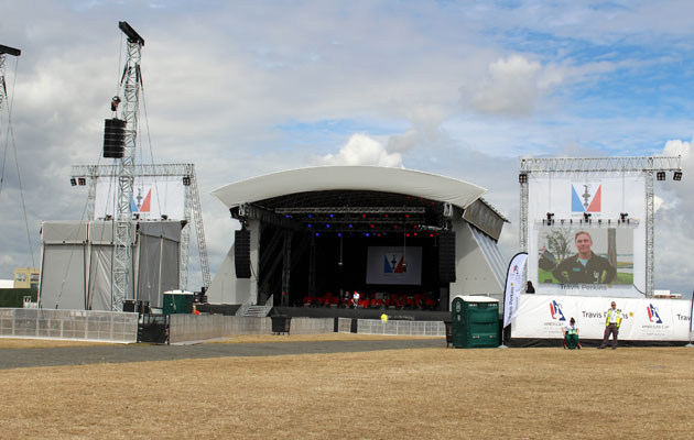 Main stage in Waterfront Festival Arena